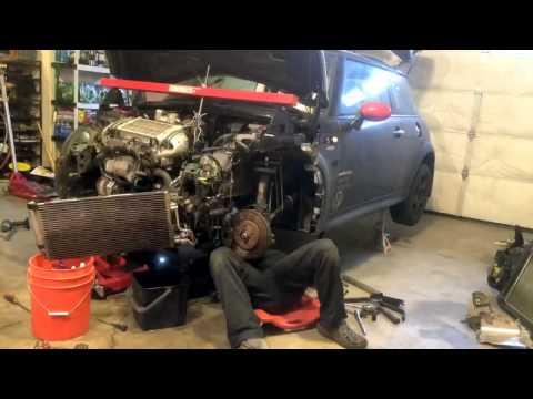 Time lapse  Clutch MINI Cooper S 2006  R53 transmission removal