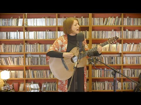 Ida Wenøe - 'Changing Of Seasons' | #UnderTheAppleTree