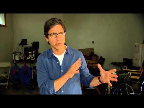 "Parenthood Season 5: Ray Romano ""Hank Rizzoli"" On Set Interview"
