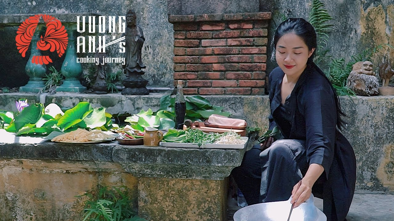 Hoi An and Cao Lau Noodle   Vuong Anh's Cooking Journey