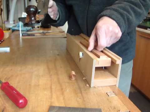 Hand plane thicknesser woodworking gadget - YouTube