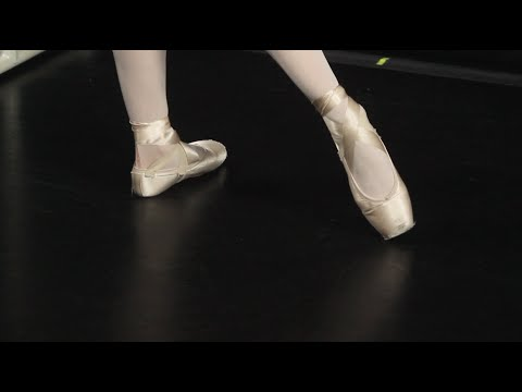 Maine State Ballet: Rond de Jambe à Terre - YouTube