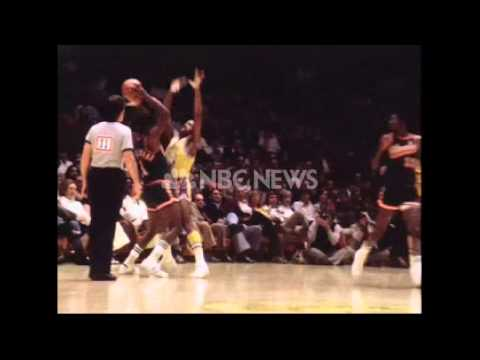 1973-74 Bucks vs. Lakers (Highlights)