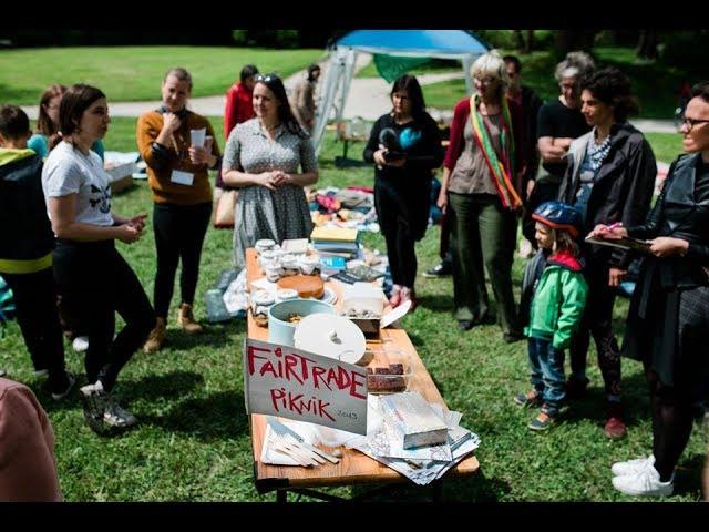 Kako sem pritovorila vse do Čolnarne brez avtomobila na Fair trade piknik v Tivoliju