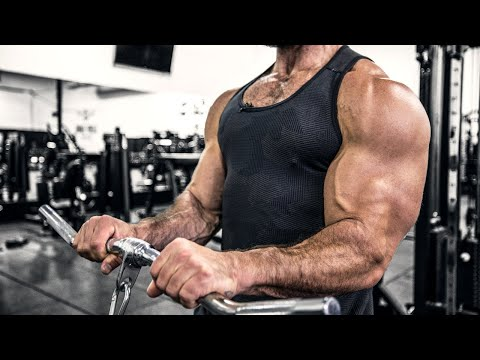 Building MUSCLE and LOSING FAT At The Same Time (Body Recomposition Strategy That Isn't Awful!)
