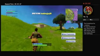 Playing Fortnite with tyriek from vine