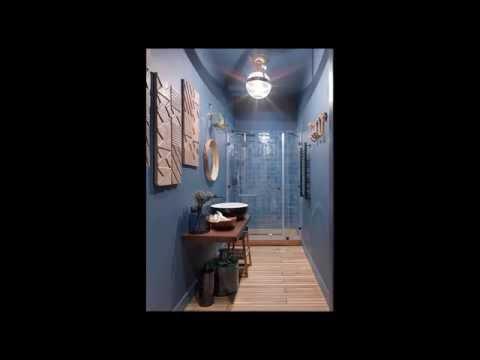 Синяя плитка для ванной в современном стиле