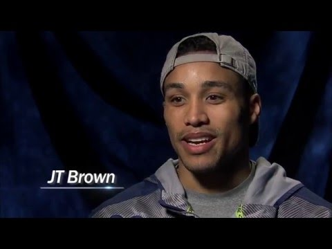 Lightning's J.T. Brown showing minority children that hockey is for everyone