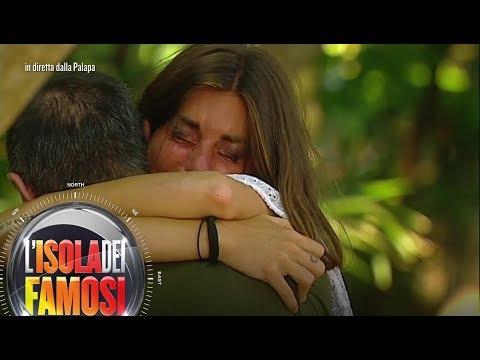 L'Isola dei Famosi - Bianca Atzei incontra suo padre