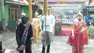 tari merak, upacara adat 2 smk muhammadiyah hawai