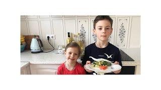 ОМЛЕТ рецепт. Я с Оливией готовим омлет.