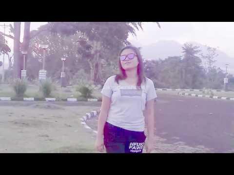 Nona Talaud