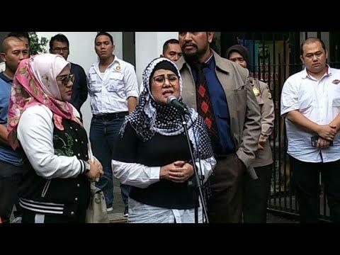 Elvy Sukaesih Diperiksa Polisi untuk Kasus Narkoba Anaknya