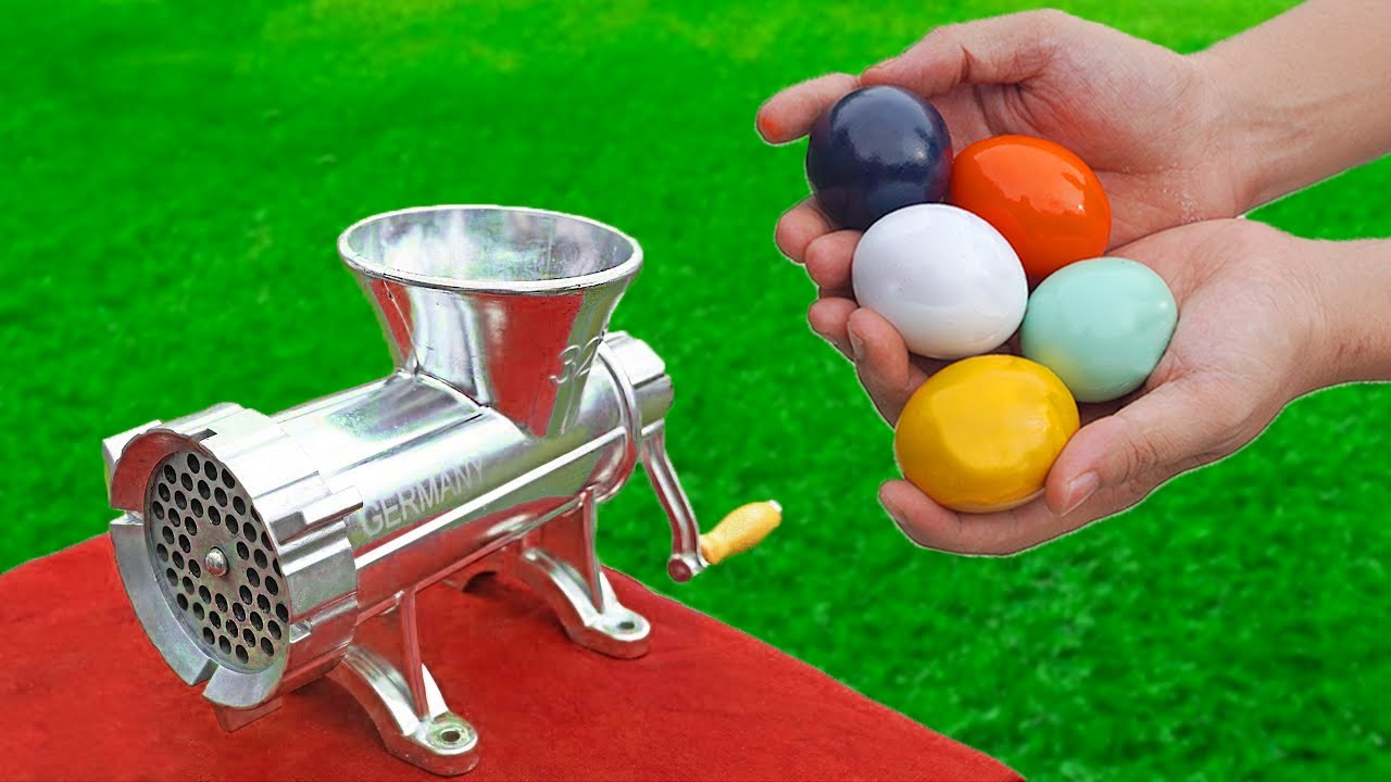 EXPERIMENT : COLORFUL EGGS  VS MEAT GRINDER !!!