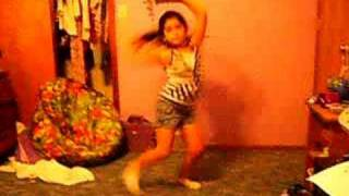 8 year old lauren dancing to fuego by the cheetah girls