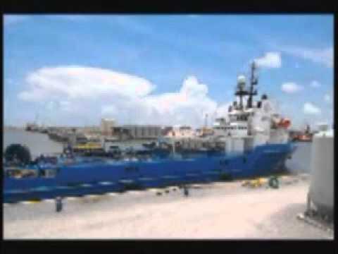 Movimentação de Suply Boats  em base de apoio Offshore