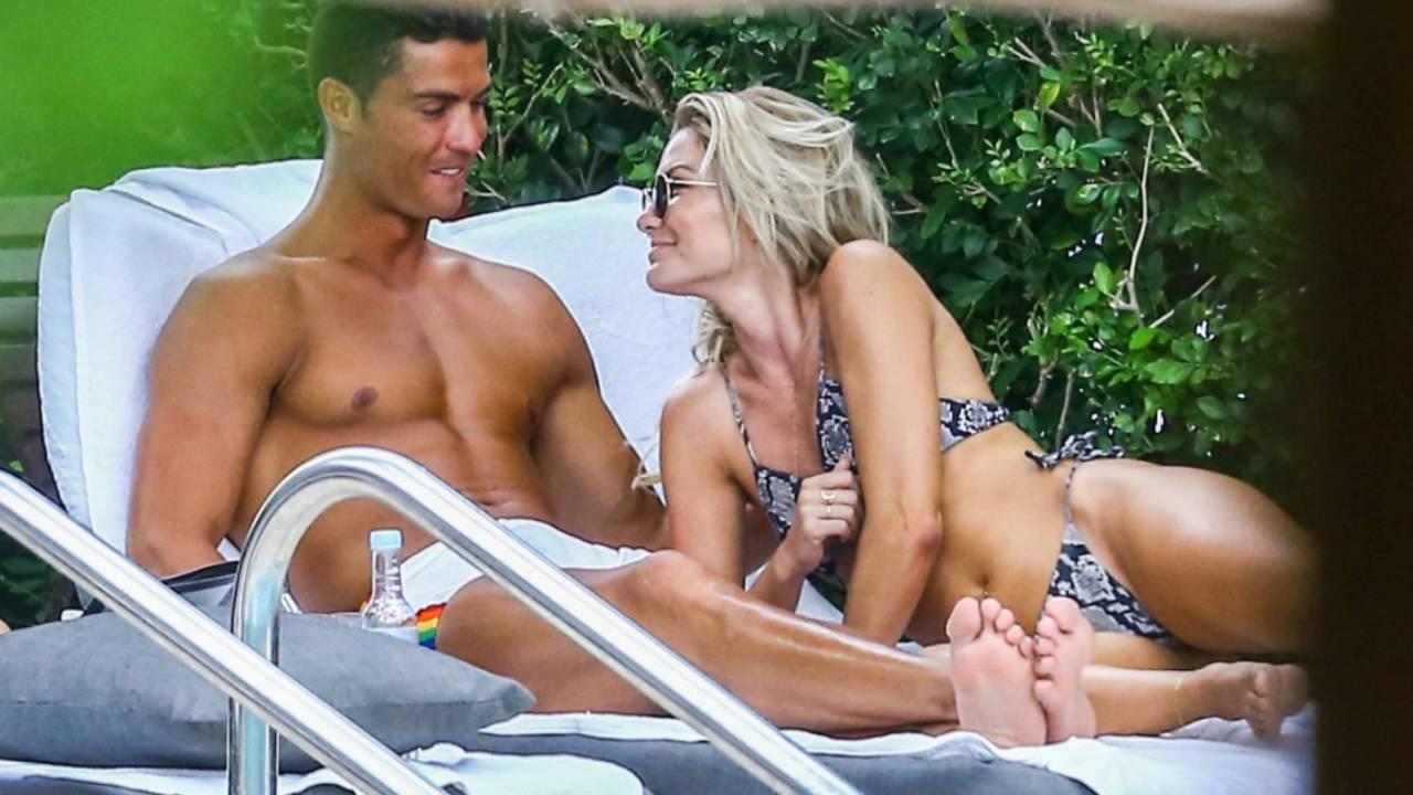 cristiano ronaldo new girlfriend cassandre davis 2016!! +messi's