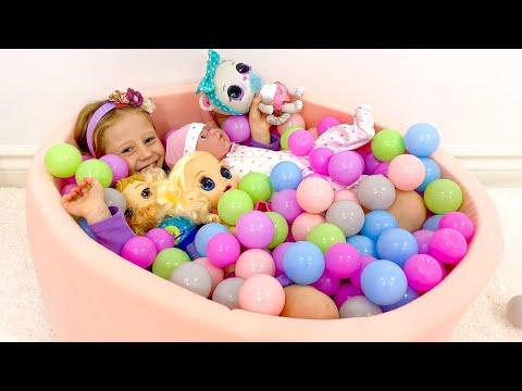 Настя и её влог про обзор игрушек