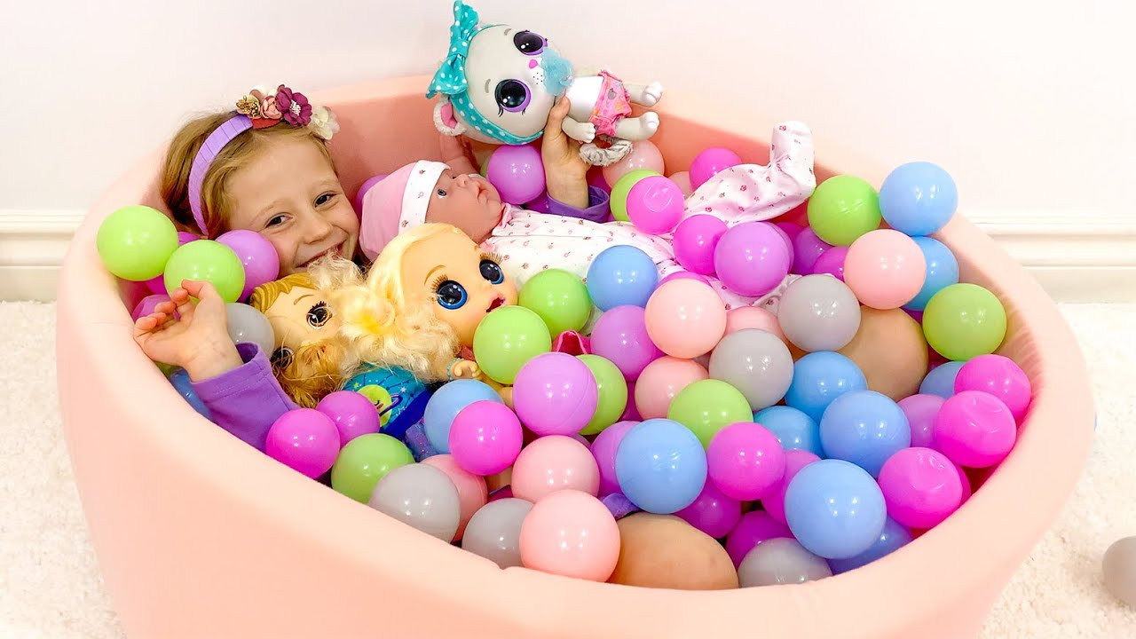 Влог для детей про распаковку игрушек от Насти