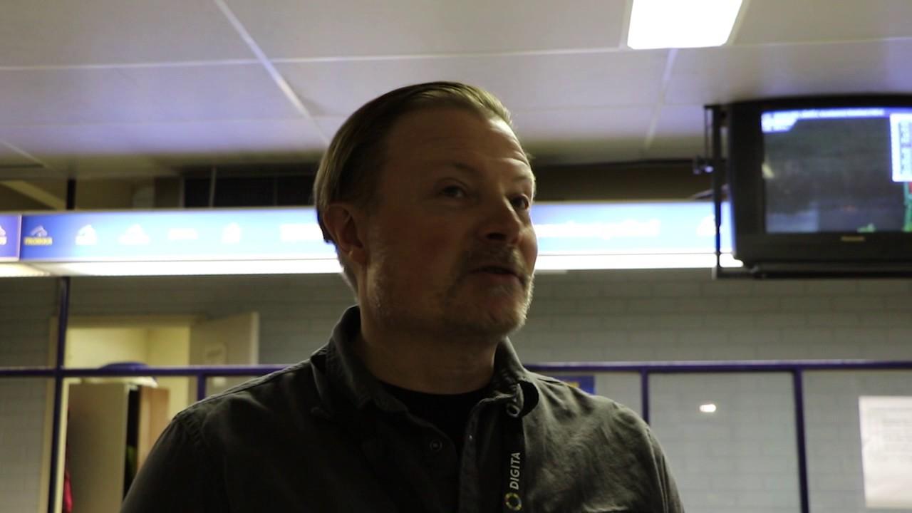 Näyttelijä Kari