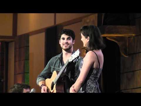 Darren Criss sings Ginny Jaime at LeakyCon2011