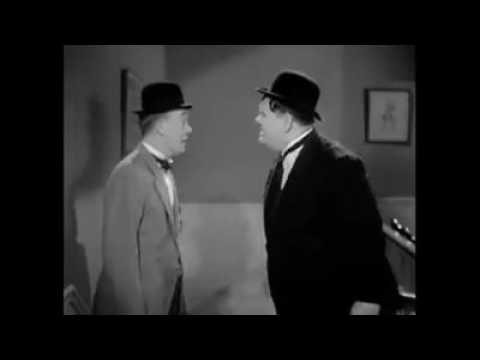 Laurel and hardy block-heads (1938)