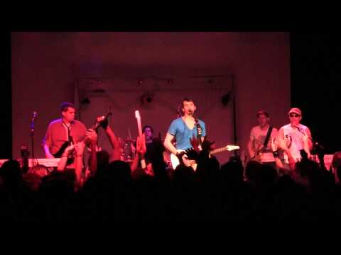 Talk Dirty To Me - Nite Wave Live from Showbox Market