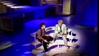 "Roger Daltrey - Leo Sayer ""Giving It All Away"""