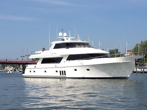 LUCY BELLE 90' Ocean Alexander Yacht for sale by RJC Yacht Sales & Charter