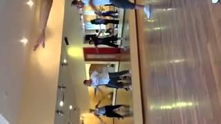 Видео Онлайн обучение. Хип хоп. Dub step.  преподаватель Астафьев Антон.(, 2013-05-14T05:14:42.000Z)