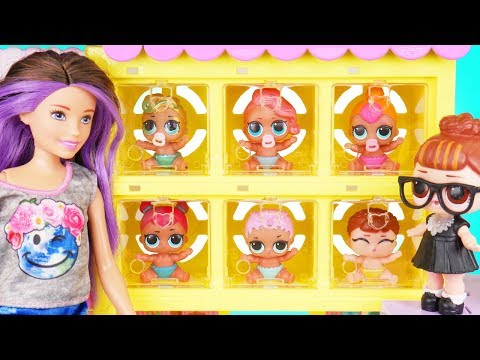 Neon QT Visits Skipper Barbie Pets Shop + Lil Sisters lost - Confetti Pop Season 2 Episode Unboxed!