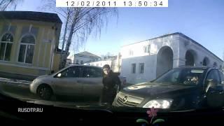 Авария в Костроме - регистратор спас