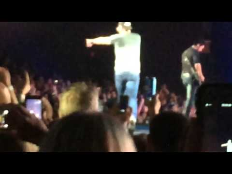Fast Forward of Luke bryan Mix (Video from Xfinity Theater in CT)