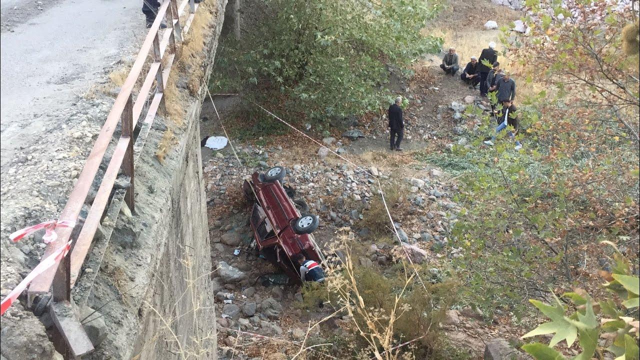 Köprüden aşağı uçan otomobil sürücüsü öldü