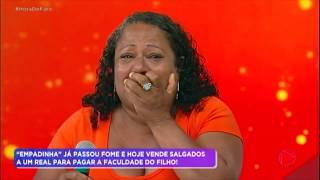 """Baixar Após cair em """"pegadinha"""", Clau da Empadinha descobre que está no Hora do Faro"""