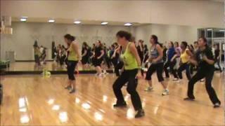 "Dance Fitness-""Shake Senora"" Pitbull"