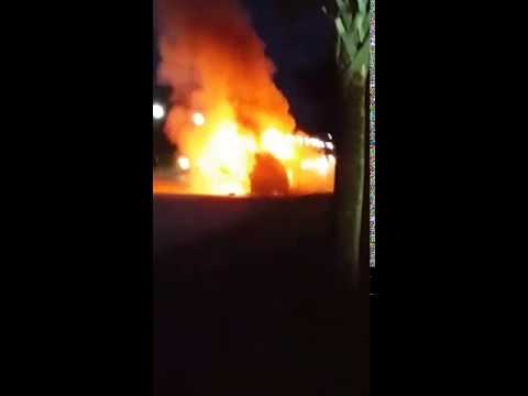 Car catches fire: Driver alleges Samsung Galaxy Note 7 blew up while charging
