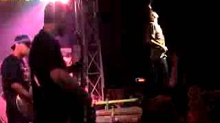 slapshock live queen paranoia 2002