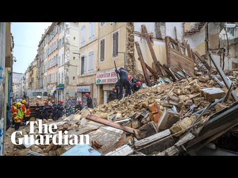 Marseille: search continues after buildings collapse