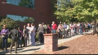Long lines as South Carolinians line up to vote absentee