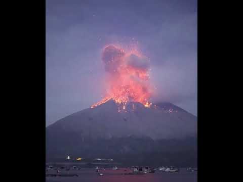 An amazing volcanic eruption!!!