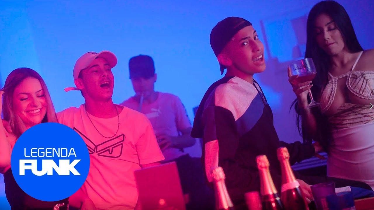 MC MUKA, MC SANCHES - SALSEIRO (Clipe Oficial)