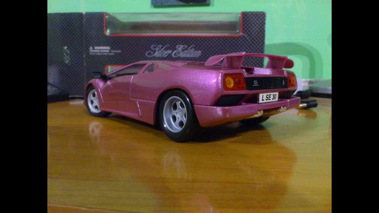 lamborghini diablo se30 jota maisto 1 18 unboxing and review youtube. Black Bedroom Furniture Sets. Home Design Ideas