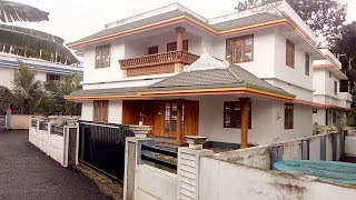 64 Lakhs- 7.75 cent 2300 sqft 4 bhk posh villa in ernakulam Dist-Bus route frontage