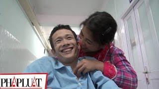 PLO - Tình yêu cổ tích của chàng bại liệt và nàng chân voi