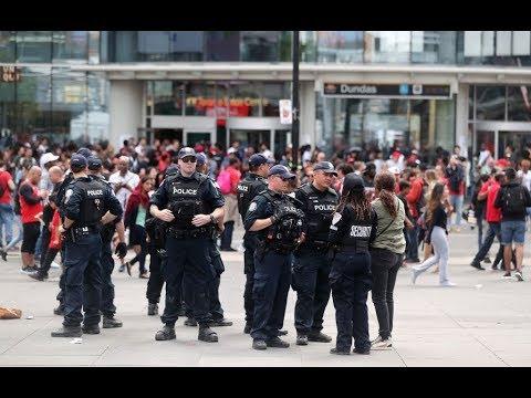 كندا تدرج مجموعتين من اليمين المتطرف على قائمة الإرهاب  - 11:54-2019 / 6 / 27