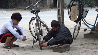 thử lng cụ gi v xe ngho khổ try pleased poor old man