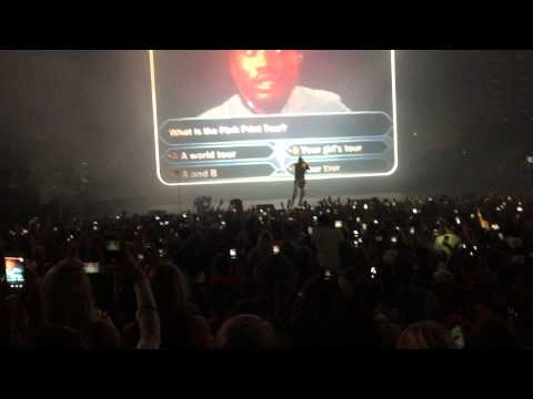 Drake performs Charged Up and Back to Back for the first time at OVO. RIP Meek Mill.