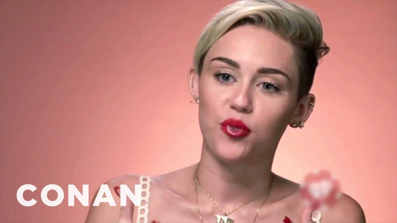 Miley Cyrus' Tongue Won't Stop