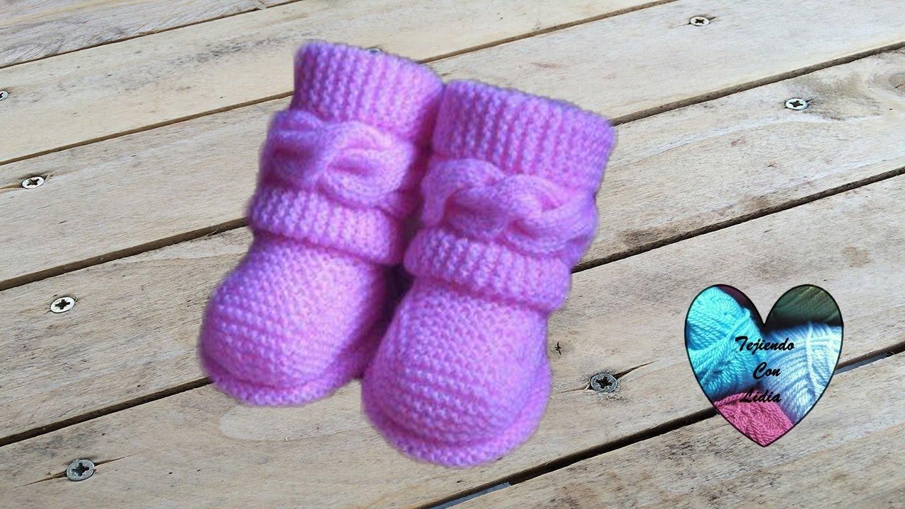 Dos Agujas Botitas Bebe Uggs Parte 2 2 Patucos Botas Zapatitos Bebe Tejidos A Dos Agujas Youtube